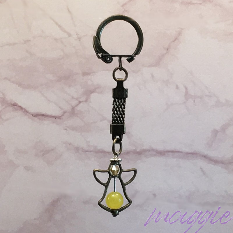 Obesek za ključe angel rumeni Žad