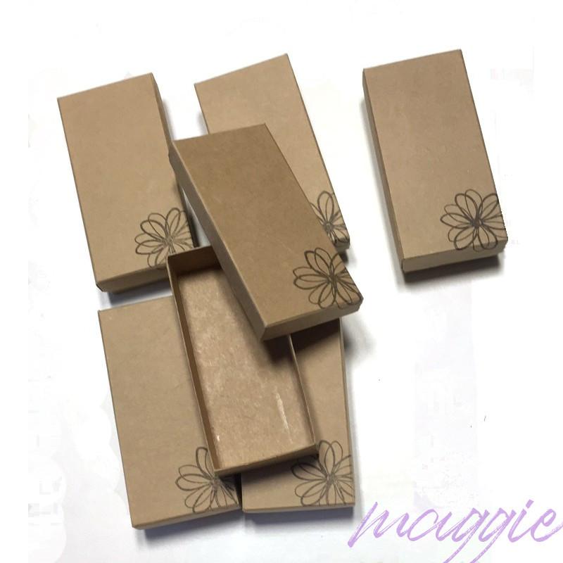 Škatlica iz kartona