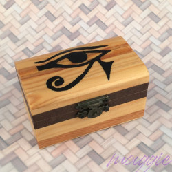 Lesena šatulja Horusovo oko